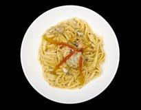Dicsh principal: Fettuccine, pollo, setas Imagenes de archivo
