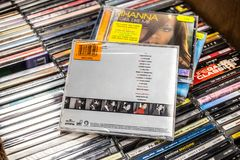 Didocd album Geen Engel 1999 op vertoning voor verkoop, beroemde Engelse zanger en songwriter royalty-vrije stock fotografie