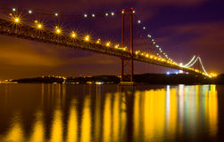 Die 25 De Abril Bridge in Lissabon Stockfoto