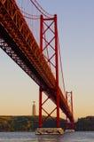 Die 25 de Abril Bridge. Lissabon. Portugal Lizenzfreie Stockfotografie