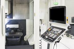 Die 5 Achse CNC-Maschine Stockbilder