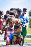 Die Aeta-Stammkinder nahe bringen Pinatubo am 27. August 2017 in S an Lizenzfreie Stockfotografie