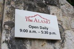 Die Alamo-Betriebsstunden San Antonio, Texas Stockfoto