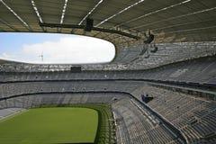 Die Allianz-Arena in München, Bayern lizenzfreies stockbild