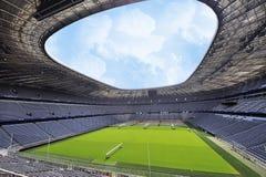 Die Allianz-Arena-Stadion lizenzfreie stockbilder