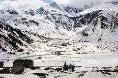 Die Alpen - Ansicht über das Tal Sportgastein Stockbilder