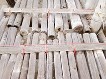 Die alte Bambusbrücke Stockfotografie