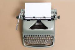 Die alte benutzte schreibende Maschinennahaufnahme Lizenzfreie Stockfotos