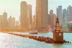 Die alte Boje am Mund von Chicago River Stockfotografie