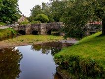 Die alte Brücke - Clun Stockbilder