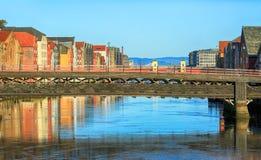 Die alte Brücke, Trondheim, Norwegen Lizenzfreie Stockfotos