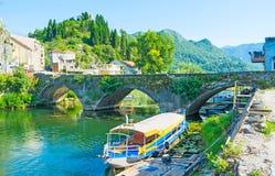 Die alte Brücke in Virpazar Lizenzfreie Stockbilder
