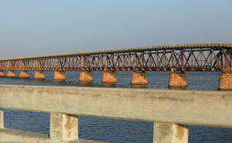 Die alte Eisenbahn-Brücke Stockfoto