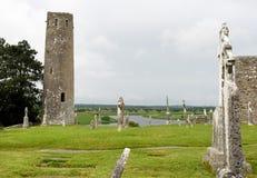 Die alte kl?sterliche Stadt von Clonmacnoise in Irland stockfotografie