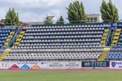 Die alte Stadionstribüne am 24. Mai 2015 in Targu-Jiu Stockfoto