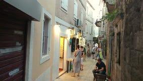 Die alte Stadt von Budva in Montenegro stock footage