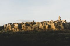 Die alte Stadt von Pitigliano lizenzfreies stockfoto