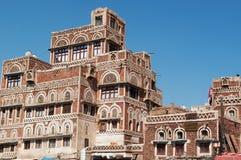 Die alte Stadt von Sana'a, von verzierten Häusern und von Palästen im Salzmarkt, suq, der Jemen Stockbild