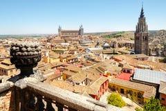 Die alte Stadt von Toledo in Spanien mit dem Alcazar und der Kathedrale Stockfoto
