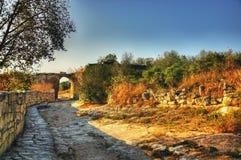 Die alte Straße Alte Ruinen bogen Landschaftshintergrund Lizenzfreie Stockfotografie