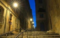 Die alte Straße im historischen Viertel- Panier von Marseille in Süd-Frankreich nachts lizenzfreie stockfotos