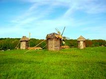Die alten hölzernen Mühlen Stockbild