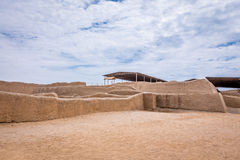 Die alten Ruinen von Chan Chan in Peru stockfotografie