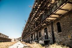 Die alten Strukturen des Hafens von Triest Stockfotos