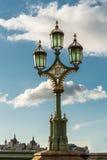 Die altmodische Straßenlaterne, London, England Lizenzfreie Stockfotos