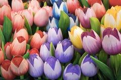 Die Andenken bei Bloemenmarkt - sich hin- und herbewegender Blumenmarkt auf Singel-Kanal amsterdam netherlands Lizenzfreies Stockfoto