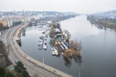 Die Ansicht über Fluss in Prag Stockfoto