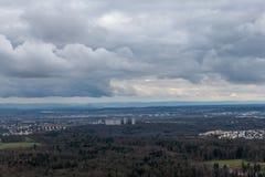 Die Ansicht über Stuttgart vom Fernsehturm in Deutschland Lizenzfreies Stockbild