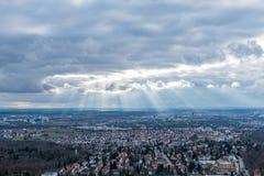 Die Ansicht über Stuttgart vom Fernsehturm in Deutschland Stockfotos