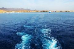 Die Ansicht über Sharm el Sheikh-Hafen von der Yacht Lizenzfreie Stockbilder