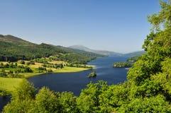 Die Ansicht der Königin in Loch Tummel - Schottland, Großbritannien lizenzfreies stockbild