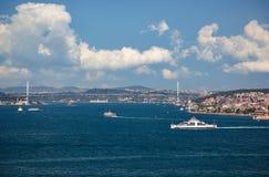 Die Ansicht des Bosphorus vom Topkapi-Palast Istanbul lizenzfreie stockfotografie