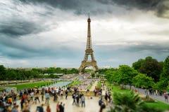 Die Ansicht des Eiffelturms, Paris, Frankreich Lizenzfreie Stockfotos