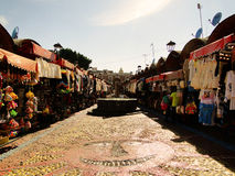 Die Ansicht eines traditionellen Marktes in Puebla, Mexiko Lizenzfreie Stockbilder