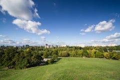Die Ansicht vom Hügel Stockfotografie