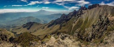 Die Ansicht von Imbabura-Vulkan in Ecuador Stockbild