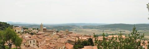 Die Ansicht von Massa Marittima stockbild