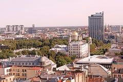 Die Ansicht von Riga-Stadt - Freiheits-Monument, die Geburt Christi von Christus-Kathedrale und Radisson Blu Latvija Conference u stockfoto