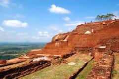 Die Ansicht von Sigiriya (der Felsen des Löwes) ist eine alte Felsenfestung Stockfotografie