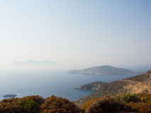 Die Ansicht von Tilos-Insel zu Nisyros Lizenzfreies Stockbild