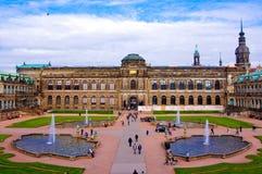 Die Ansicht von Zwinger-Palast Dresden Deutschland Stockfotos