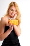Die attraktive junge blonde Frau Lizenzfreie Stockbilder