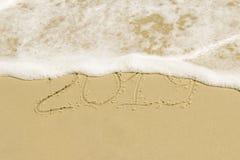 Die Aufschrift auf dem goldenen Sand 2019 Stockfoto