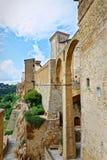 Die Bögen von Pitigliano, berühmtes Dorf errichtet auf Tuff von Toskana Lizenzfreie Stockfotografie
