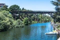 Die Bahnbrücke bei Capitola Lizenzfreie Stockfotos