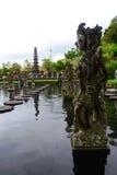 Die Balinesestatuen stockbild